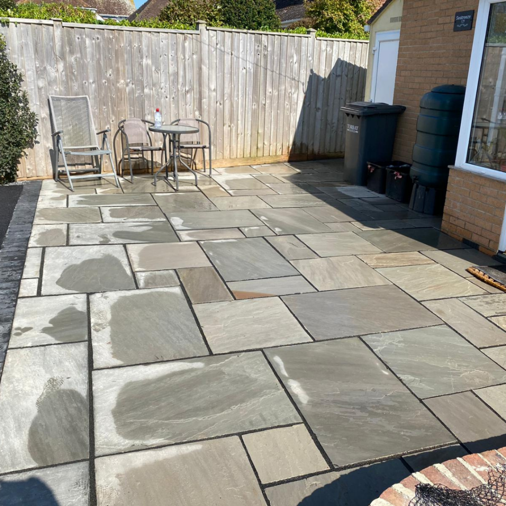 Paving and driveway in Paignton